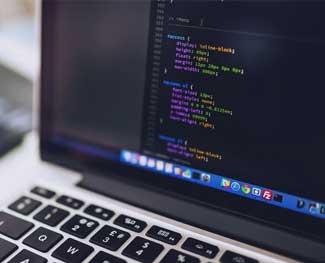 Tư vấn: Nên tự học lập trình ở nhà hay đến trung tâm để học?