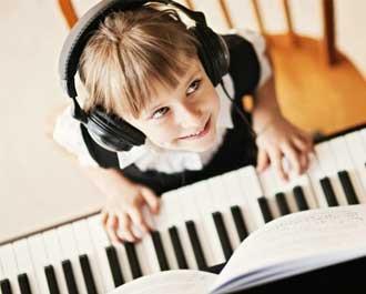 Tự học đàn Piano online cực dễ với bộ video và tài liệu miễn phí