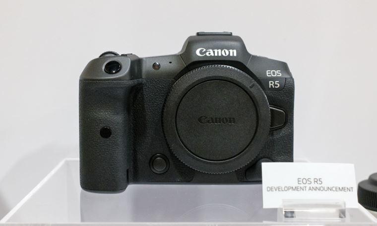 thiet ke canon eos r5 4 JPG