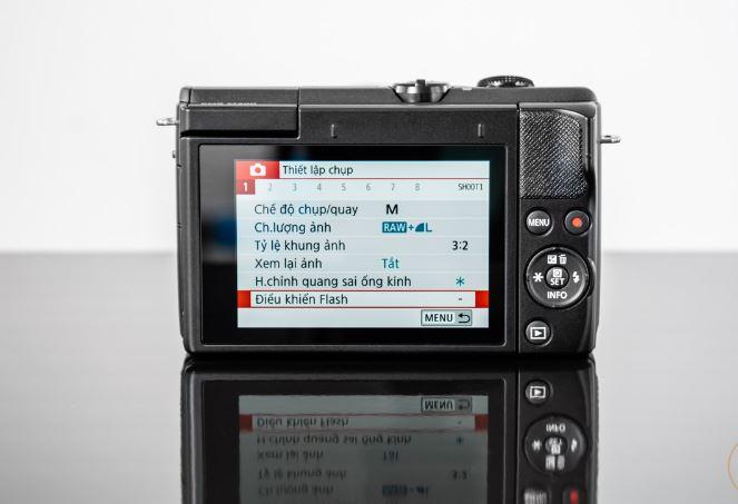 thiet ke canon eos m200 3 JPG