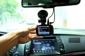 Tại sao nên sắm camera hành trình cho ô tô? Tốt hay không tốt?