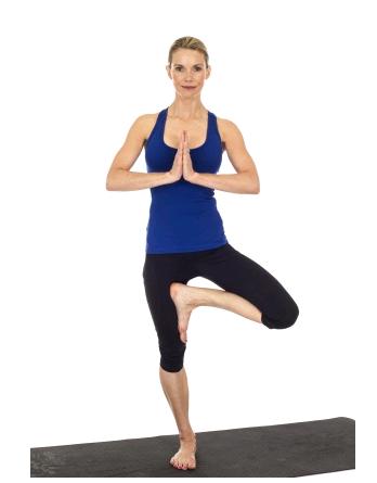 7 bai tap yoga 4 PNG