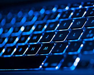 Rò rỉ hình ảnh bàn phím của Microsoft sắp ra mắt có biểu tượng cảm xúc