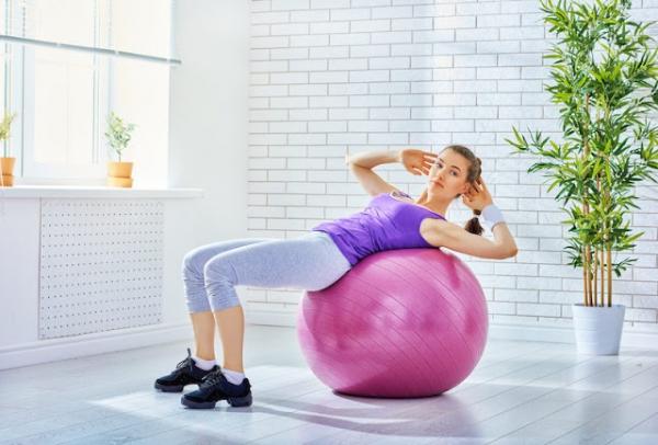 bong tap yoga loai nao tot nhat 600x406 jpg