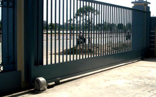 cổng trượt lùa tự động